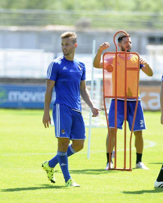 Sergio Canales en el entrenamiento de 'la Real'