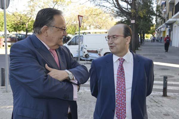 Ollero y Castro, en la presentación del Festival de Fútbol de la FAF