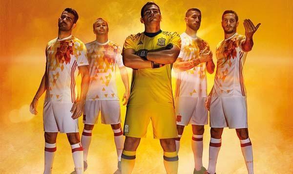 La segunda equipación de España para la Euro 2016