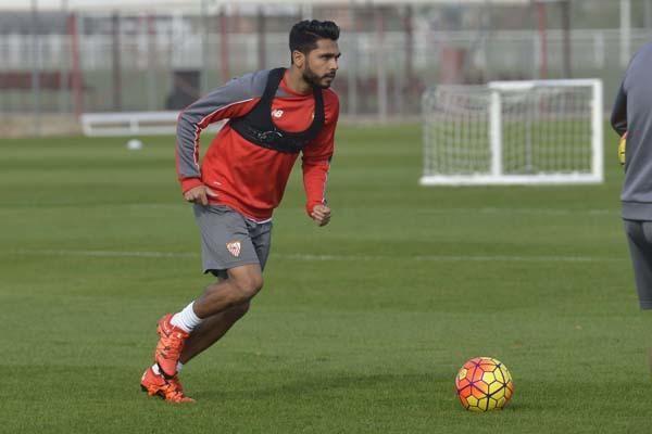 Entrenamiento del Sevilla (16/11/2015)