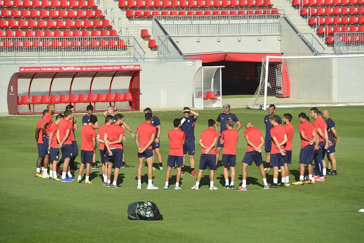 Entrenamiento del Sevilla (2/10/2017)
