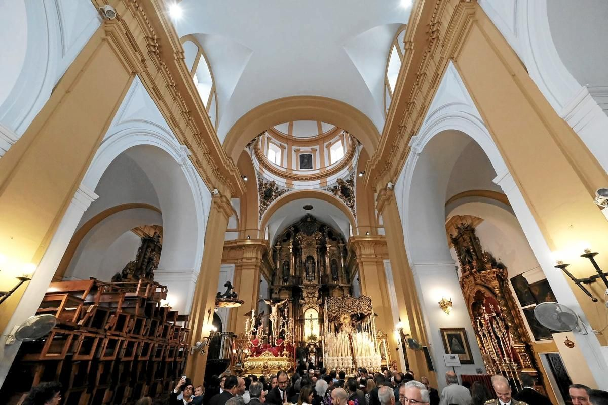 Ofrenda a la Hermandad de San Bernardo