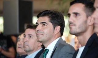 Las imágenes de la presentación de Juanmi con el Betis