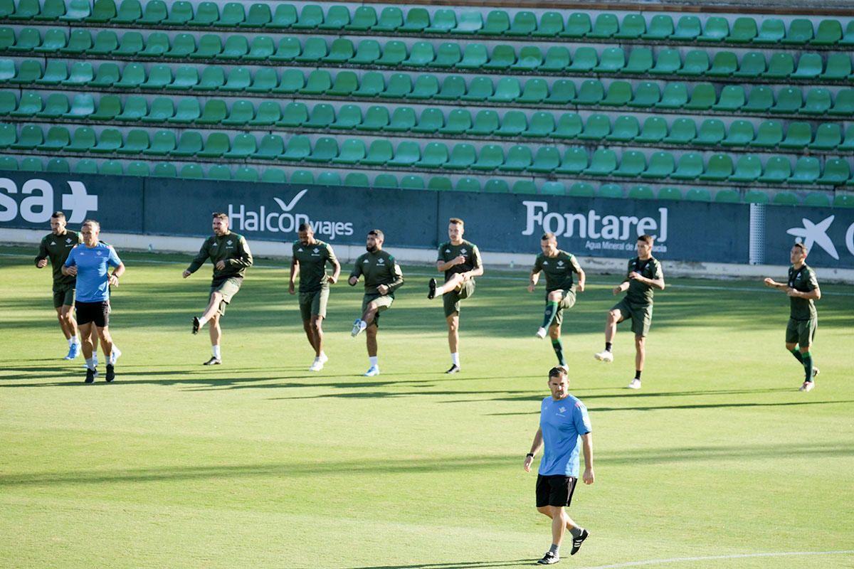 Imágenes del entrenamiento del Betis.