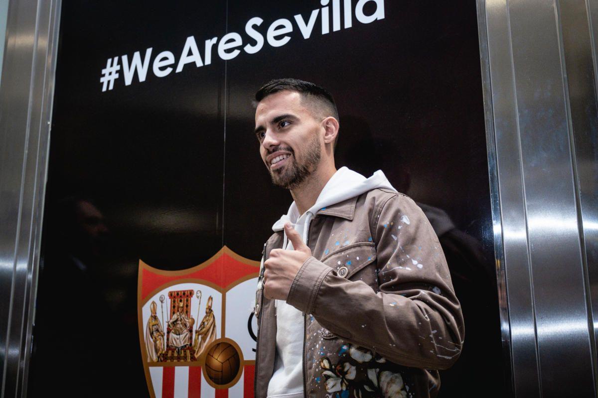 Las imágenes de la llegada de Suso a Sevilla