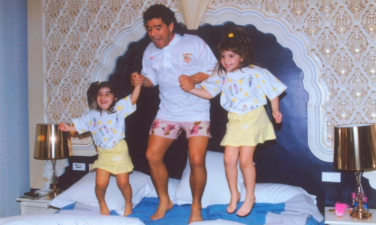 Diego Armando Maradona, en el Sevilla FC