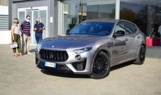 Presentación Maserati
